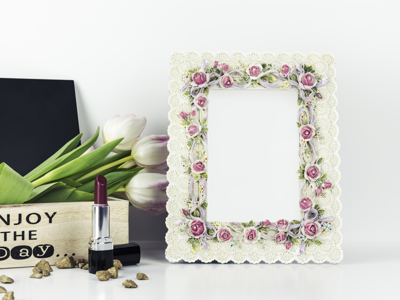 Floral Frame Mockup preview picture