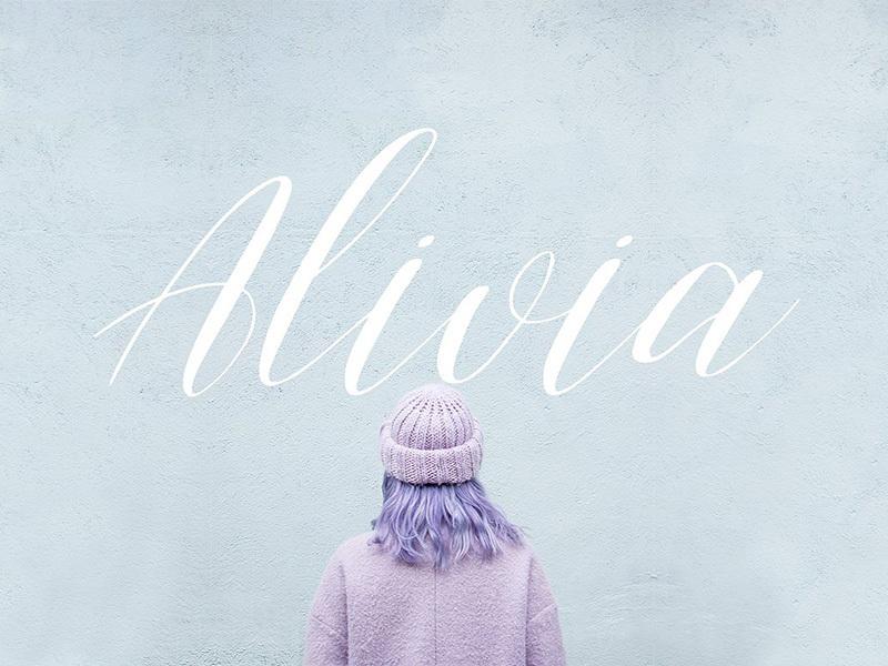 Alivia Script Font preview picture